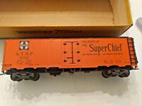 HO scale Varney Santa Fe Super Chief Boxcar  ATSF 8152  Vintage