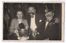 PHOTO ANCIENNE Déguisement Chapeau Homme déguisé Grotesque Clown 1940 Nez Faux