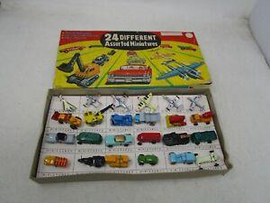 Vintage Unbranded Diecast  *24 DIFFERENT ASSORTED MINIATURES*  (HO)