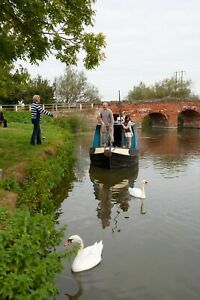 Narrowboat Day Hire - Jan to March - Mid Week up to 6 People