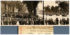 Le Roi George VI à Versailles, 1938 Vintage silver print Tirage argentique