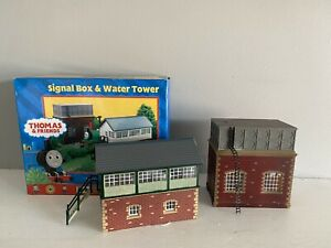 Hornby OO Gauge R9036 Thomas and friends signal box and water tower