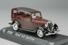 Ford V8 Berline brown 1933 SOLIDO 1:43