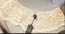 Delicate-Vintage Lace & crocheted Detachable Collar with button-forever vintage