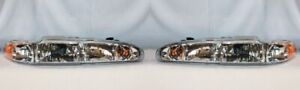 Right and Left Side Replacement Headlight PAIR For 1998-2002 Oldsmobile Intrigue