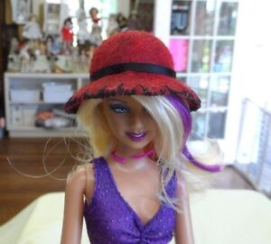 NEW CL 21 RESIN  BARBIE  FASHION  CLOCHE  HAT FORM MOLD HEAD  4 2/8