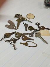 17 old keys Schlage, Corbin, Yale, Presto, Hurd, Vassar House Lock Luggage