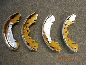 CLEARANCE New Genuine Kia Sedona (2001-2004) Brake Shoe Set #0K56A2638ZA