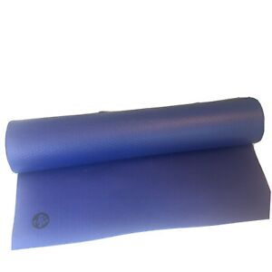Manduka prolite yoga mat 4.7mm by 71 inches long blue