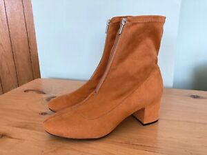 LADIES SUEDE EFFECT SOFT FABRIC ANKLE BOOTS - DIVIDED By H&M - SIZE 6  **NEW**