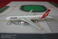 Phoenix Model Qantas Airways Airbus A330-300 Diecast Model 1:400