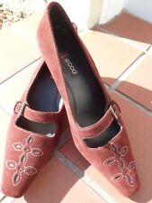 Quality Suede ECCO Feminine Court Shoes size 4UK  37EU