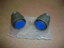 2pc Amphenol MS Military Connector 97-3106A-28  NEW