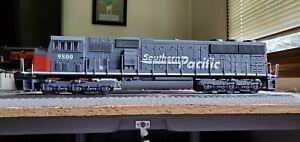 Lionel Southern Pacific SD70MAC