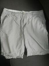 Juniors Tan Bermuda Walking Shorts - (Sz 7) Beige - NON smoking home! Flat Front