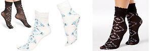 Hue Socks Floral flouncy anklet socks One Size