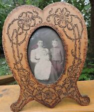 Antique VICTORIAN Arts & Crafts Flemish Pyrographic HEART Standing Picture Frame