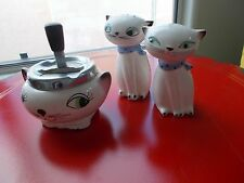 HOLT HOWARD CERAMIC CAT ASHTRAY + CERAMIC CAT SALT & PEPPER SHAKERS FROM 1950'S