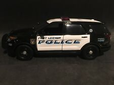 Fort Lee Police NJ 1:24 Scale Ford Explorer SUV Police Car