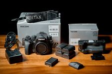 PENTAX KP DSLR BODY WITH BATTERY GRIP (EXCELLENT, BLACK) ALL ACCESSORIES INCL.