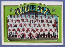 1972 Topps #381 Chicago White Sox Team Card in Near Mint Condition