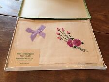 """NEW & VINTAGE BOXED IRISH EMBROIDERED LINEN TRAY CLOTH 14"""" X 20"""""""