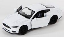 BLITZ VERSAND Ford Mustang GT 2015 weiss white Welly Modell Auto 1:34 NEU & OVP