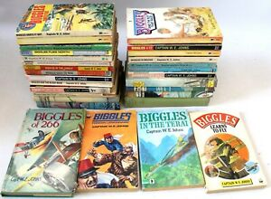 Vintage Collection of X29 BIGGLES Books by Captain W.E. Johns  - L31