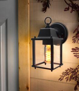 Traditional Vintage Style Outdoor Single Wall Lights IP44 Garden Lantern Lights