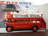 Lledo Days Gone - VE Day - LP68002 − 1932 AEC Regal Open Top Bus