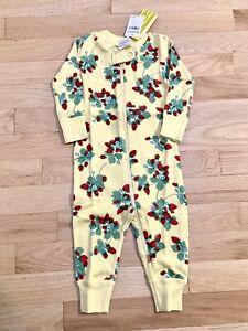 70 US 6-12m Hanna Andersson Baby Girls Yellow Strawberry Print Sleeper Pajama