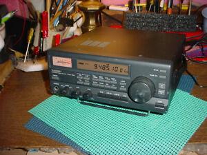 Yaesu FRG100 receiver working with power supply