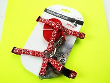 Petco REFLECTIVE Cat Harness Collar & 4' Lead Lease Set RED