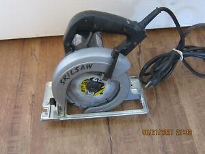 "Skilsaw 5510 Professional 5-1/2 Inch 5.5"" Circular Saw Works Great Lightly Used"