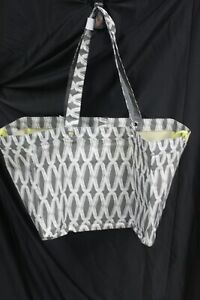 NEW 31 Thirty One Soft Utility Tote in Charcoal links  great for beach and pool!