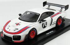 Porsche 935 Moby Dick / 911 GT2 RS Clubsport  1:18 Model Car