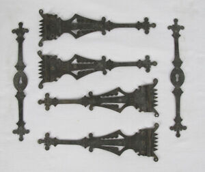 RARE Antique Ornate Gothic 4 Cabinet Hinges w/2 Matching Keyhole Escutcheons yqz
