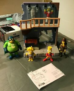Playmates Simpsons Springfield WOS Collector's lair figs & playset. Lawless Xena