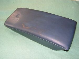 Mercedes W123 Rear Bench Center seat cushion 300CD 280CE Coupes clean, Excellent