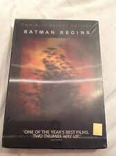 BATMAN BEGINS 2 disc deluxe edition with lenticular cover & DC comic