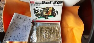 German 88mm Flak Gun with crew in 1/48 scale by Academy/Bandai