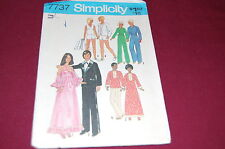 Simplicity VINTAGE Pattern # 7737 - Fashion Doll Barbie & Ken Clothes -8 Outfits