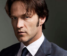 Stephen Moyer UNSIGNED photo - F742 - English film and television actor