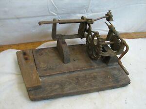 Antique Cast Iron Apple Peeler Kitchen Gadget Farm Tool Hand Crank Primitive