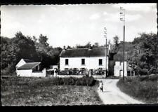 DOMPTIN (02) VILLA animée au NOYER Frisé vers 1950-1960