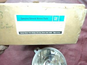 Nos 1973 1974 Buick Century Front Park Turn Light lamp