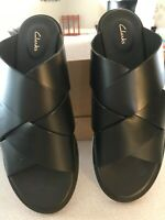 Womans Shoes, Clarks, 81/2M, Black Slides, Open Toe and Back, Woven Leather