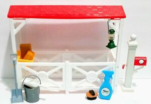 New Ray Pretend Play Toy Horse Stable Barn With Accessories Lot