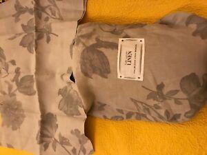 NWT Pure Luxury Linen Queen Duvet Set
