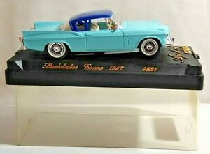SOLIDO AGE D'OR 1:43 SCALE 1957 STUDEBAKER COUPE - LIGHT BLUE - #4521 - CASED